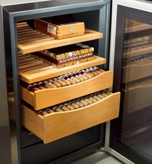 Шкаф для сигар Liebherr ZKes 453 Хьюмидор